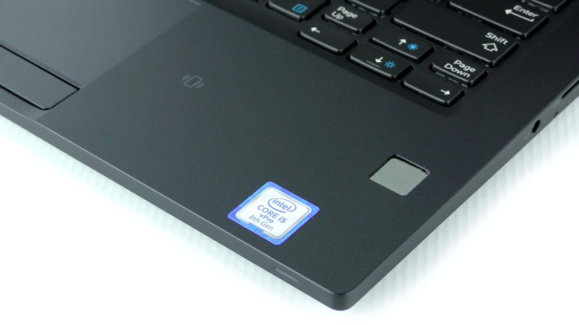 Dell Latitude 7390 - czytnik linii papilarnych