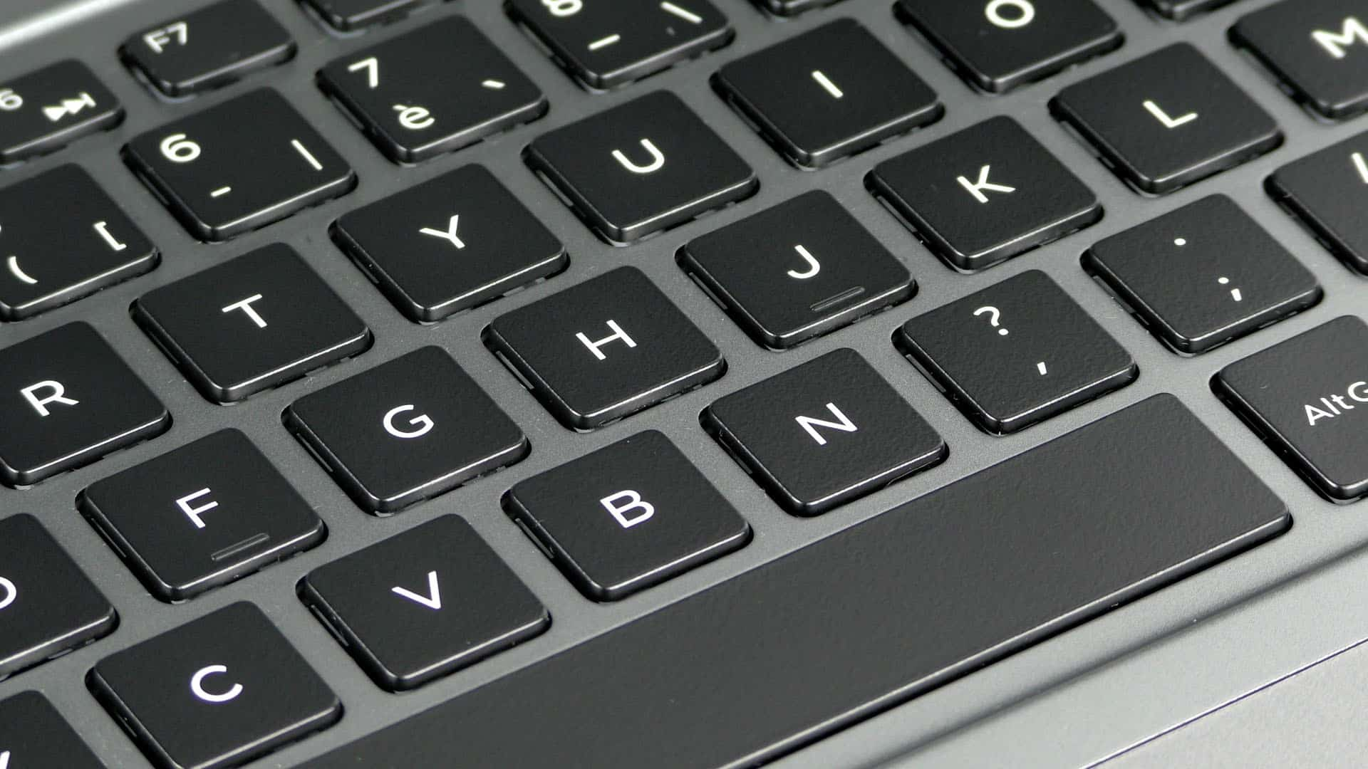 Dell Vostro 7570 - wyspowa klawiatura