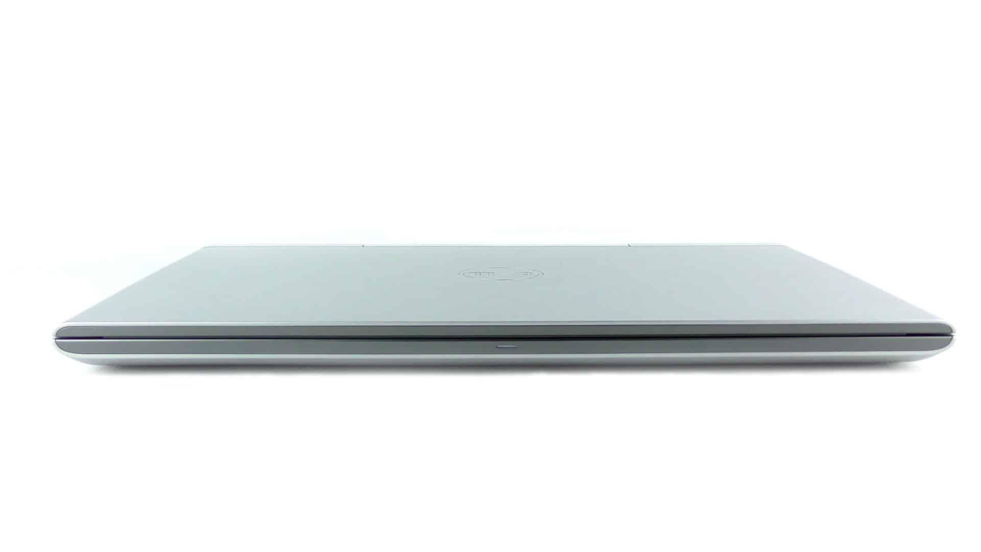 Dell Vostro 7570 - front notebooka