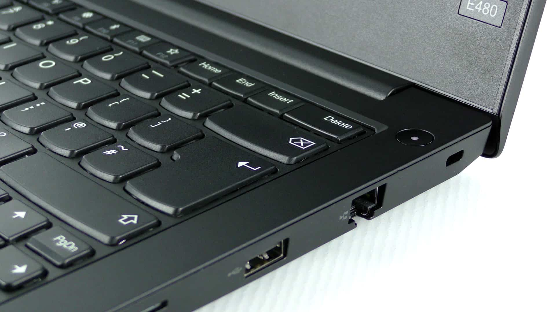 Lenovo ThinkPad E480 - prawa strona pulpitu