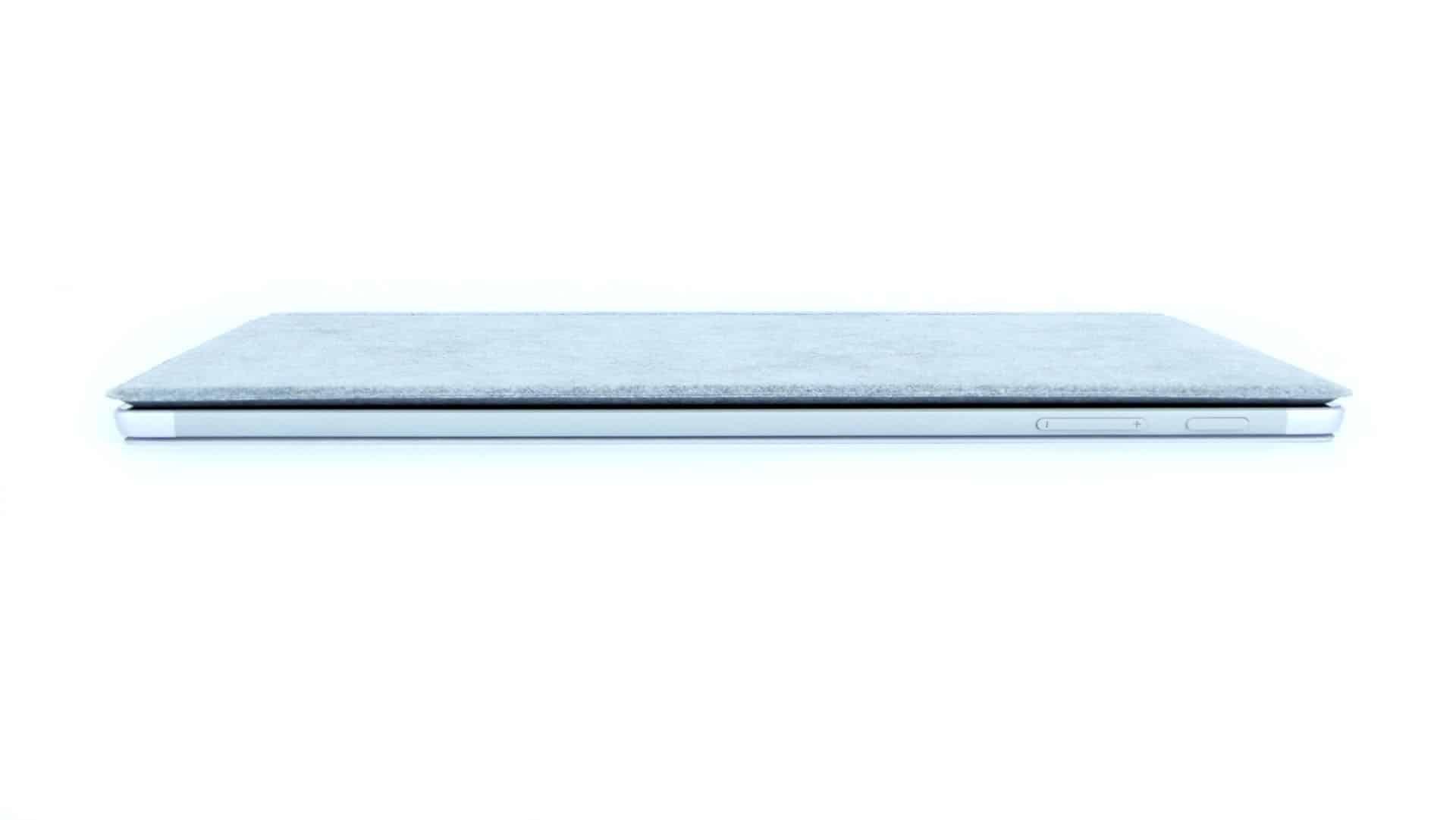 Microsoft Surface Pro - górna krawędź tabletu