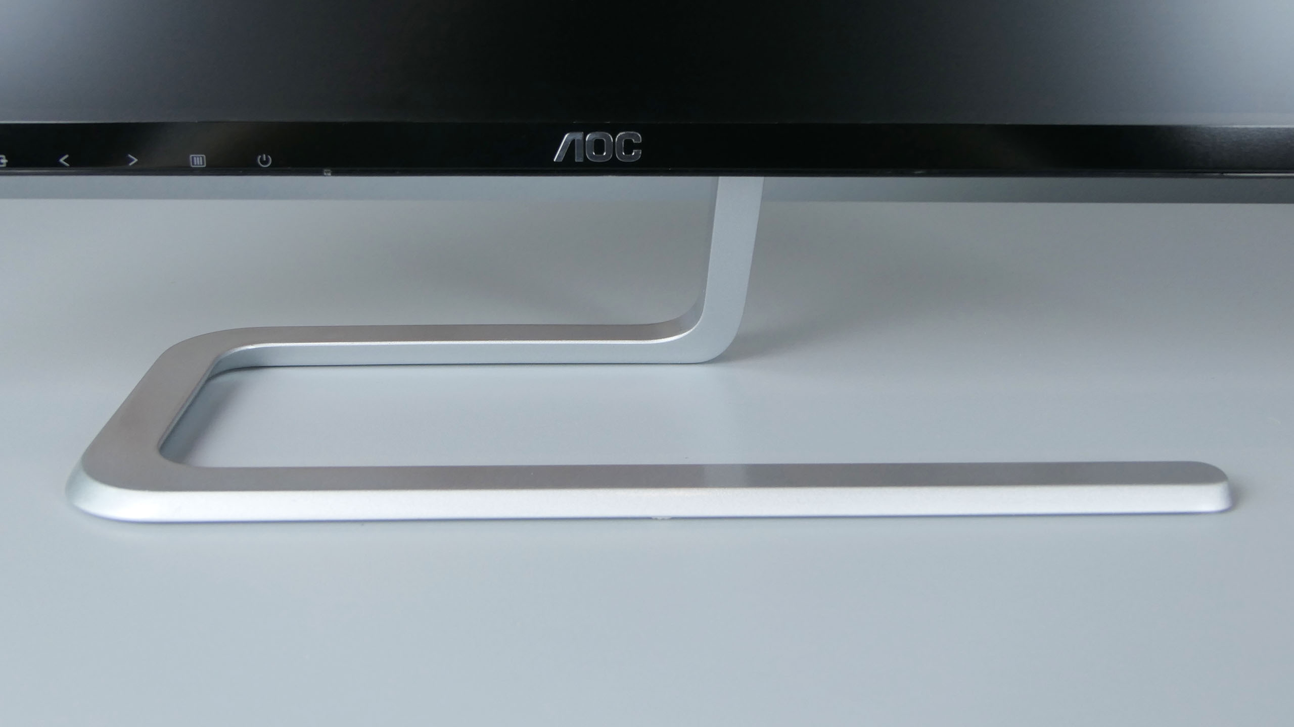 AOC I2481FXH - designerska podstawka