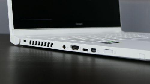 Acer ConceptD 3 Ezel (15) - zasilanie, HDMI, Thunderbolt 3, mini-DP, przycisk zasilania zczytnikiem linii papilarnych, miejsce dla piórka