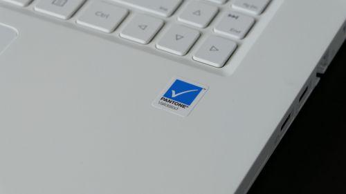 Acer ConceptD 3 Ezel (15) - certyfikacja PANTONE