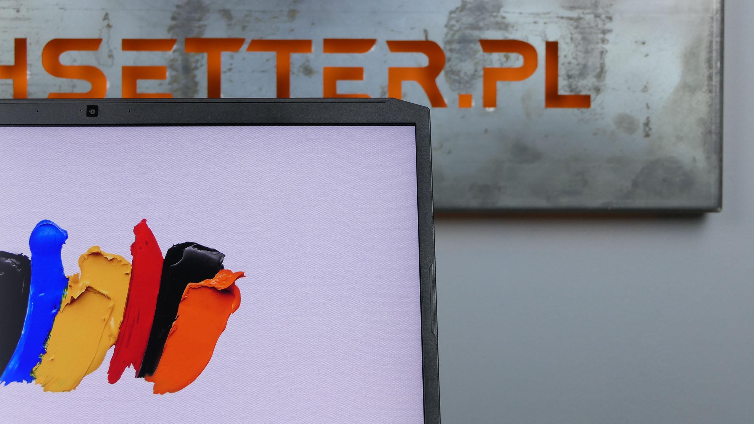 Acer ConceptD 5 Pro - zmniejszone ramki ekranu