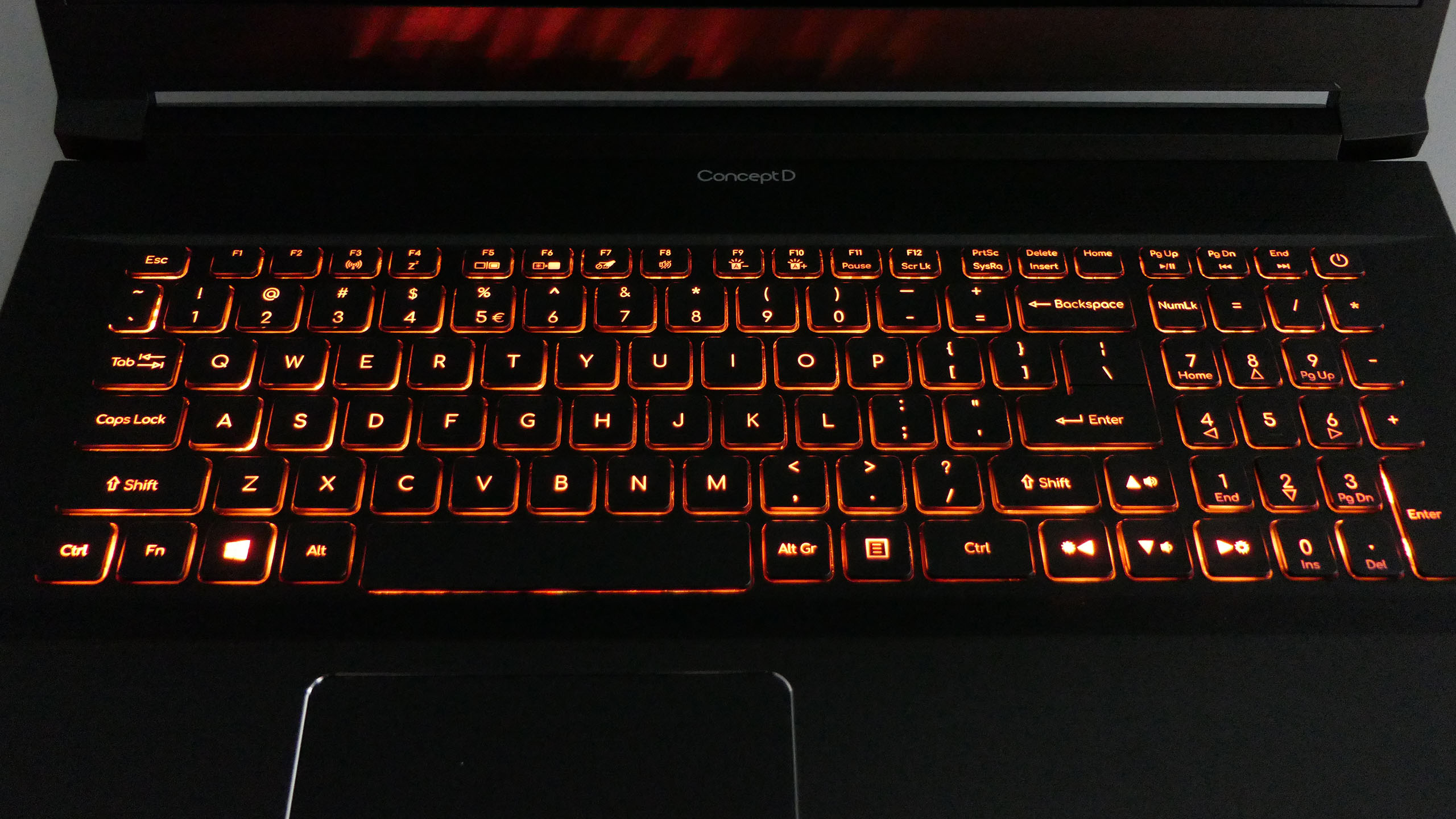 Acer ConceptD 5 Pro - podświetlenie klawiatury
