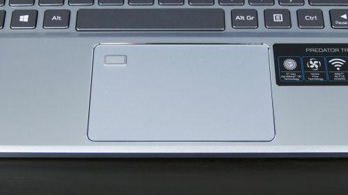 Acer Predator Triton 300 SE - touchpad