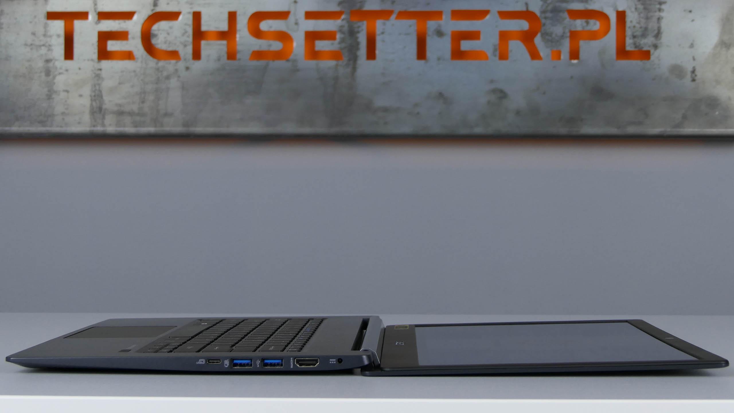 Acer TravelMate X5 - ekran odchylimy opełne 180 stopni