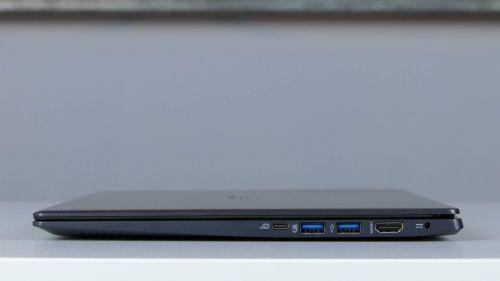 Acer TravelMate X5 TMX514 - porty na boku prawym