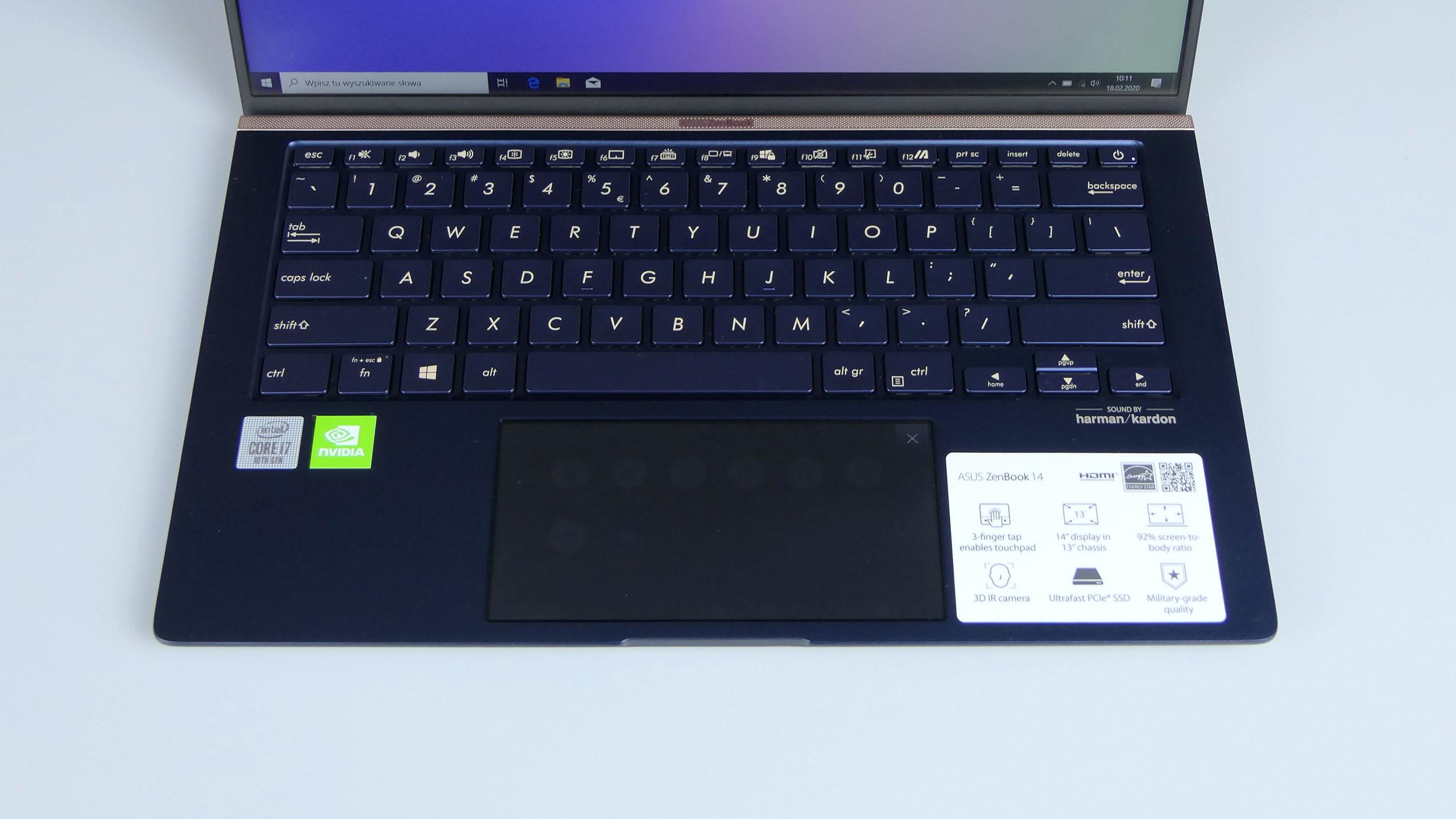 Asus ZenBook 14 - pulpit roboczy