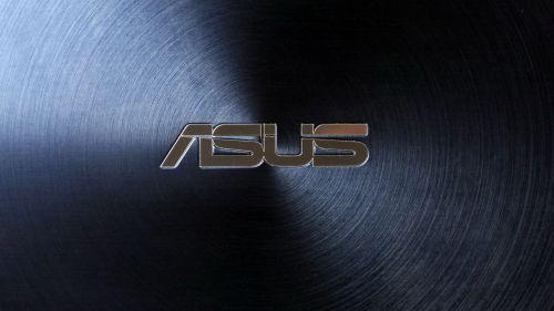 Asus ZenBook Pro 15 - koncentryczny wzór z logo producenta w środku