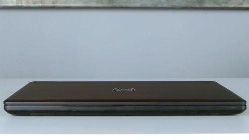 Dell Precision 3530 - przód notebooka
