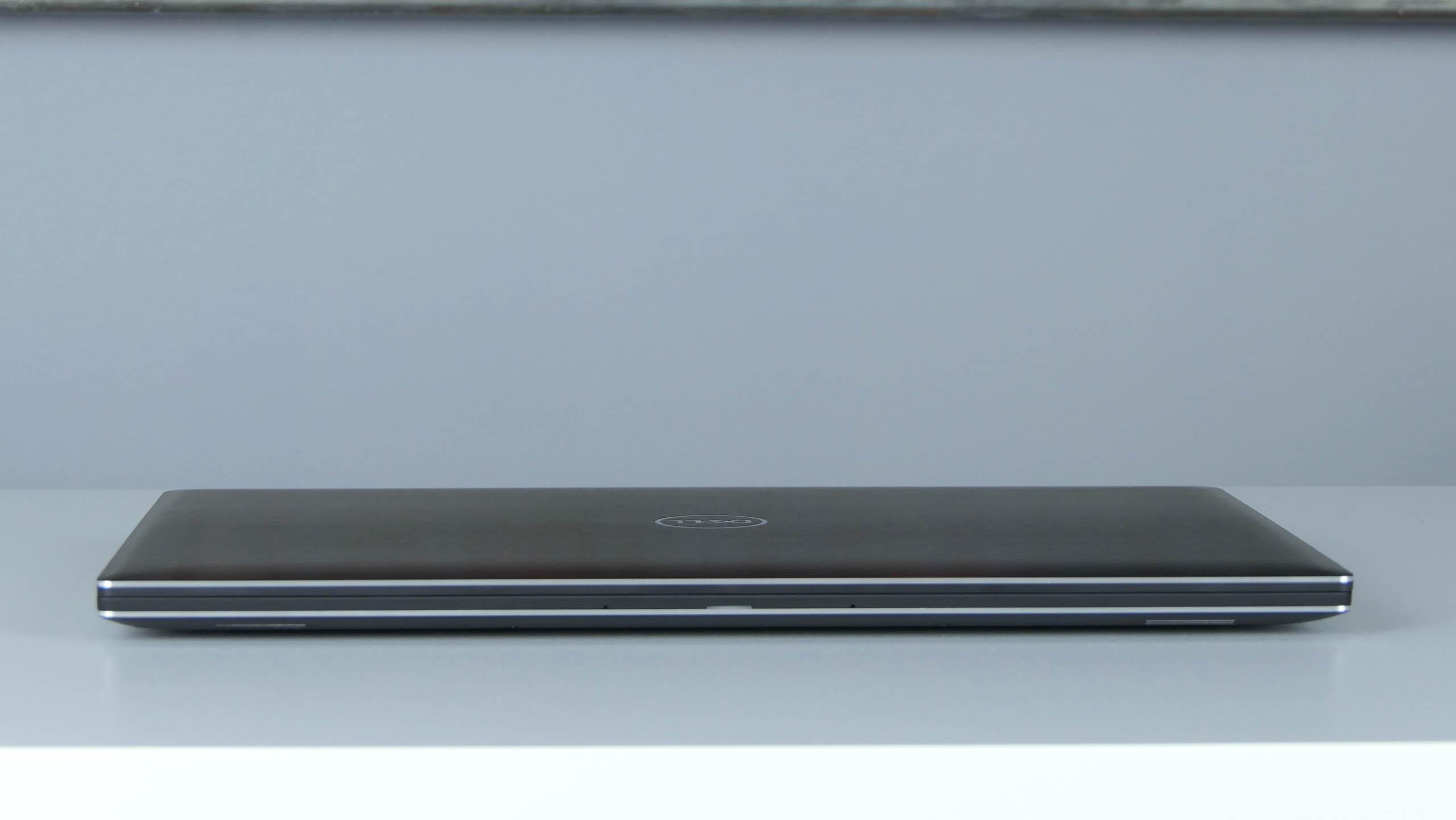 Dell Precision 15 5530 - front laptopa