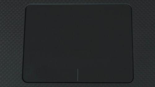 Dell Precision 15 5530 - duży touchpad