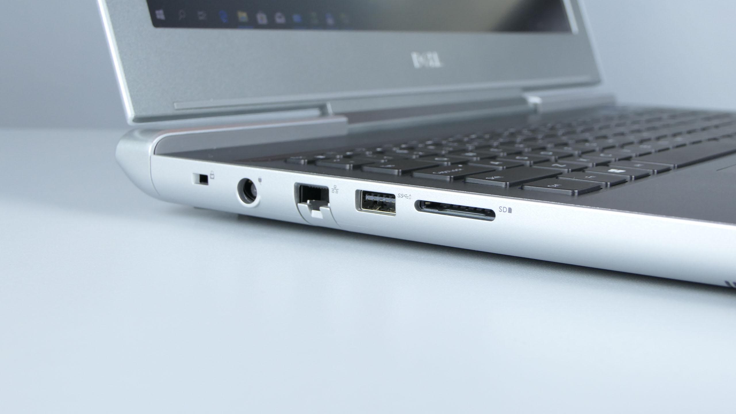 Dell Vostro 7580 - zasilanie, LAN, USB 3.0 oraz czytnik kart SD