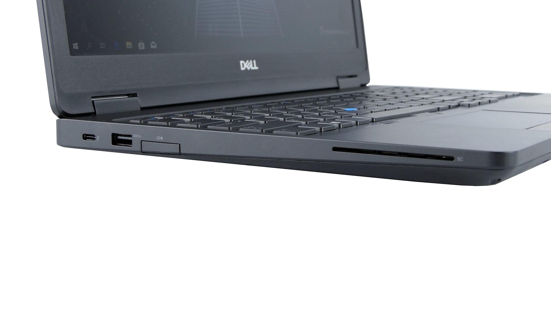 Dell Latitude 5591 - Thunderbolt 3, USB 3.0, czytnik kart pamięci, czytnik Smart Card