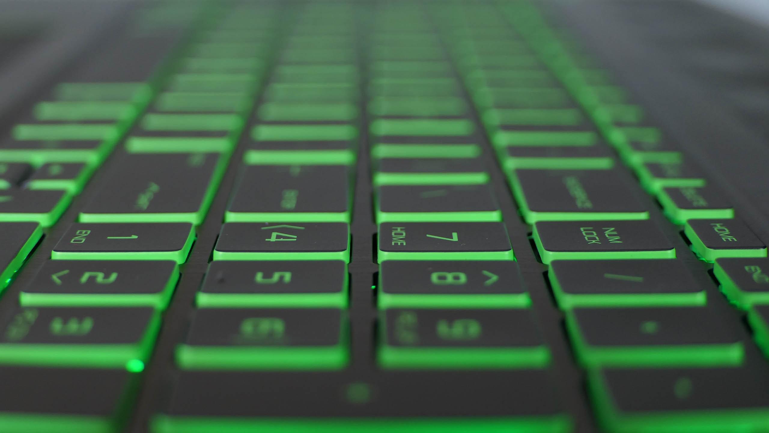 HP Pavilion 15 Gaming - klawiatura z podświetleniem