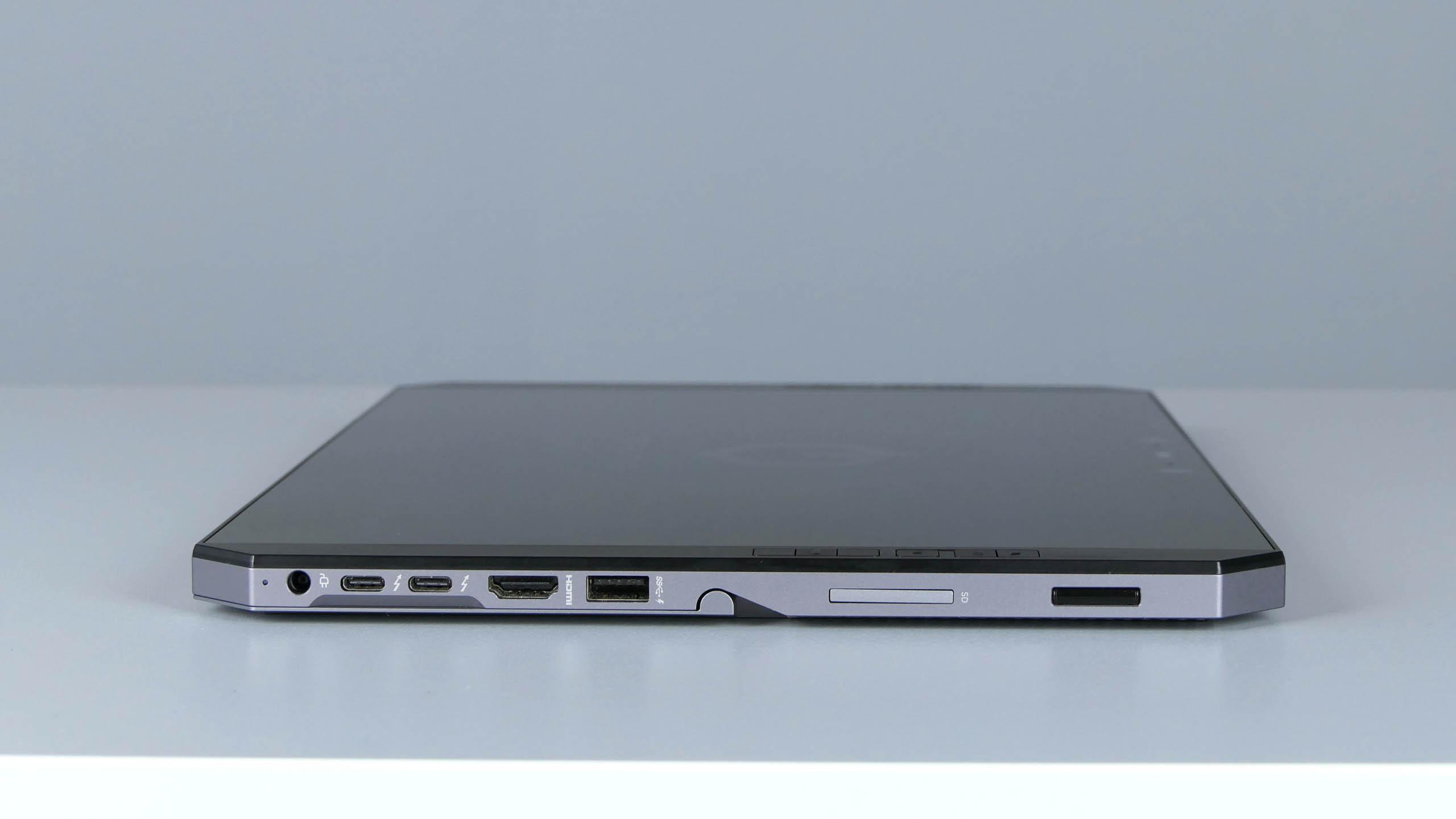 HP ZBook x2 G4 - porty na prawym boku