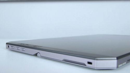 HP ZBook x2 G4 - gniazdo słuchawkowe, przycisk zasilania, regulacja głośności