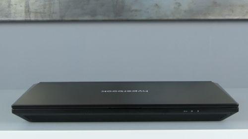 Hyperbook GTR - front laptopa