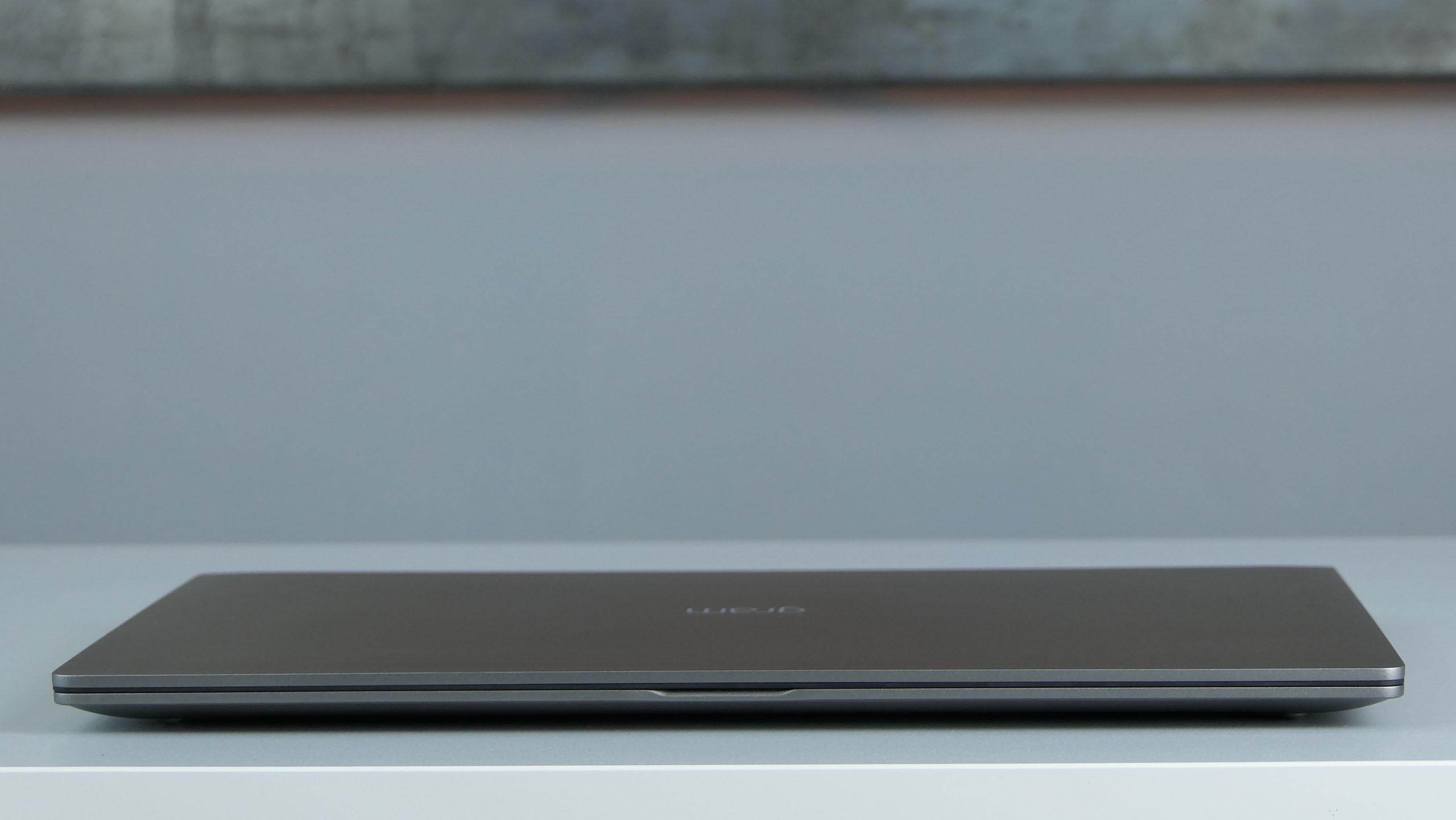LG Gram 17 17Z990-V - front laptopa