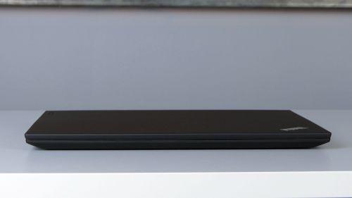 Lenovo ThinkPad T580 - przód notebooka