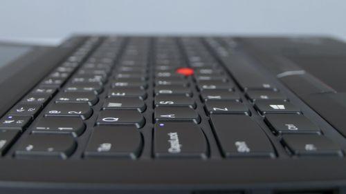 Lenovo ThinkPad X280 - wyspowa klawiatura