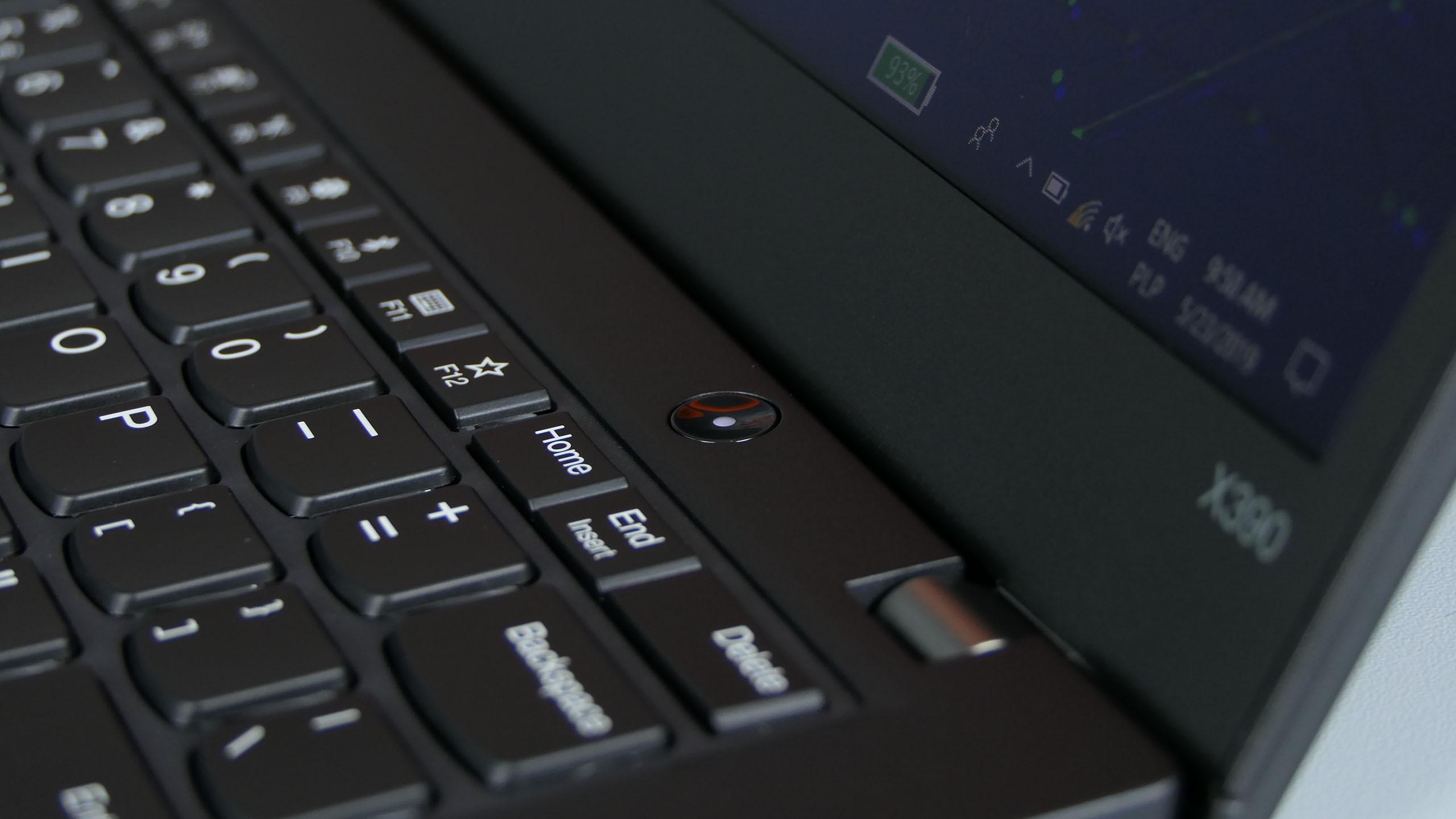 Lenovo ThinkPad X390 - klawiatura i przycisk zasilania