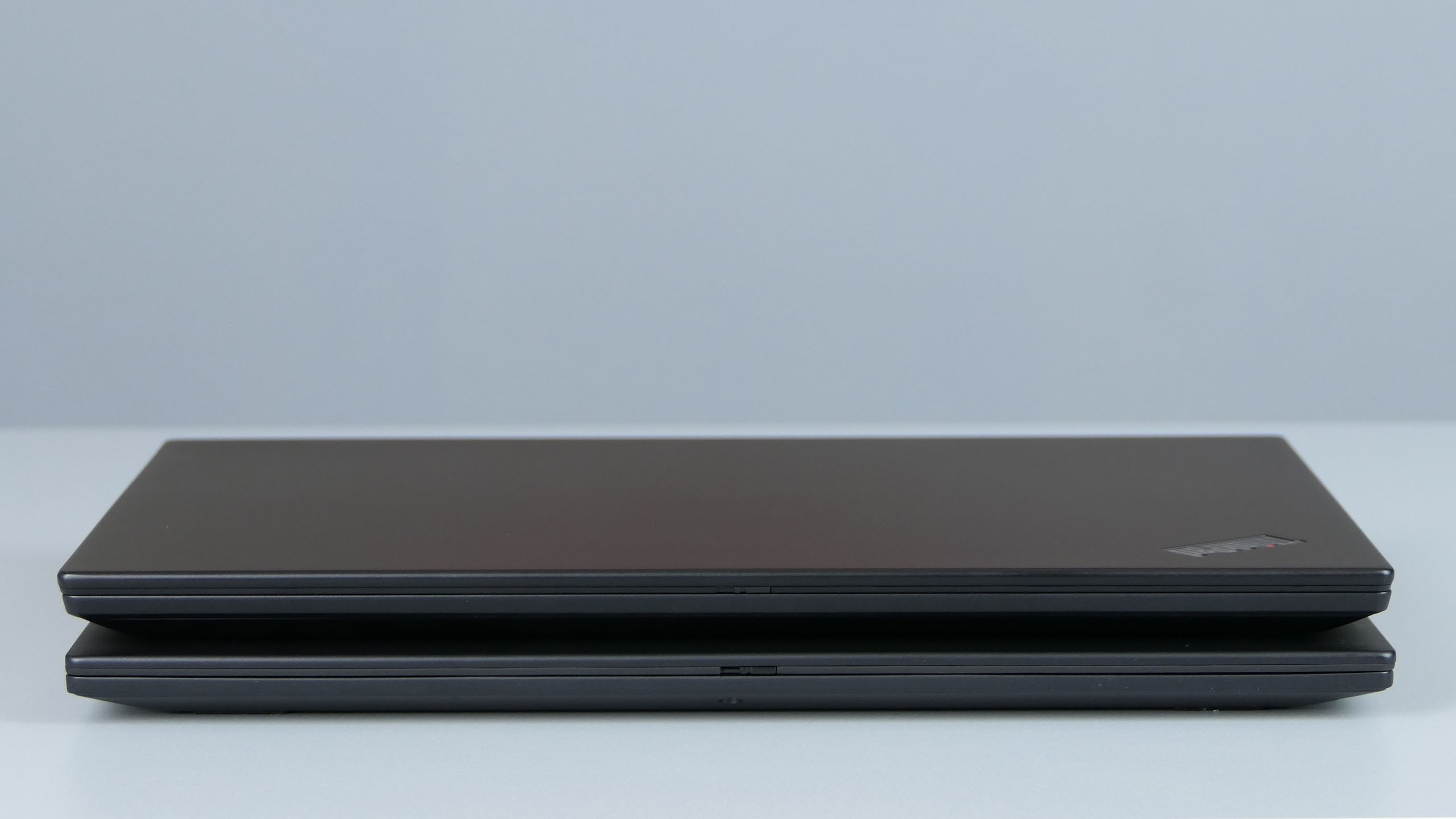 Lenovo ThinkPad X390 oraz X390 Yoga - front ultrabooków