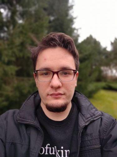 Motorola G9 Plus - selfie wtrybie portretowym
