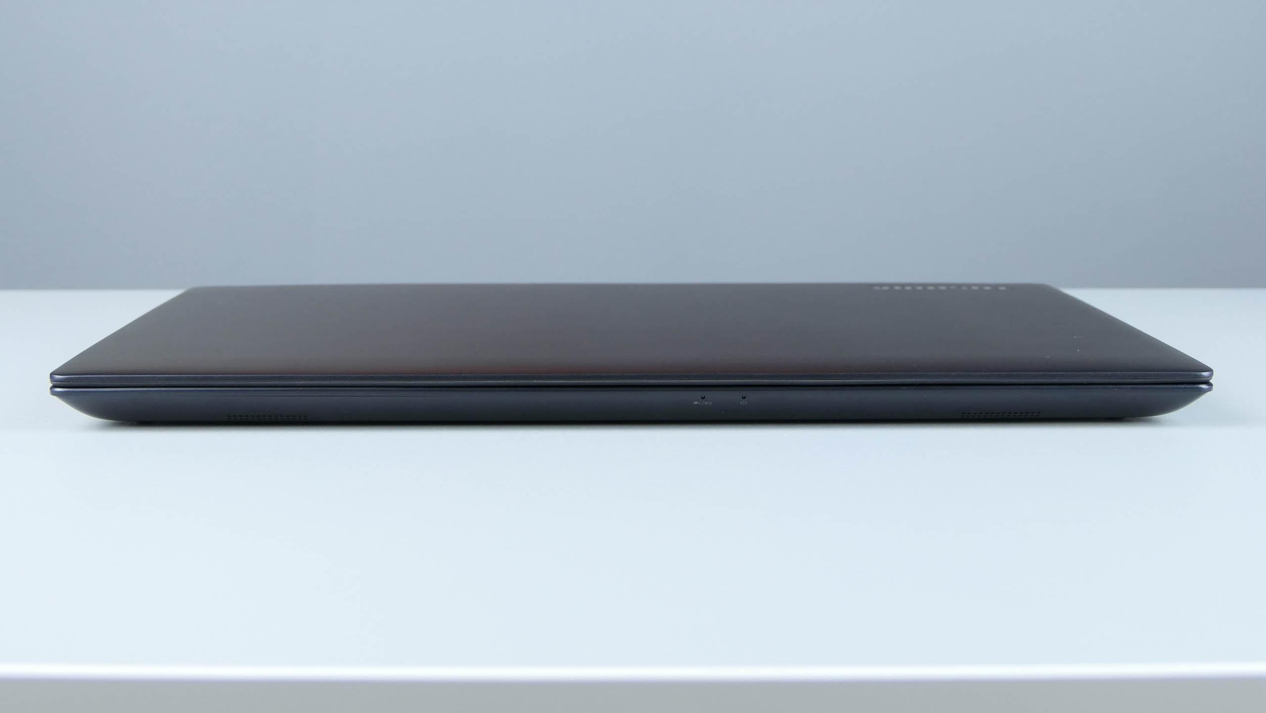 Toshiba Portege X30-D - front ultrabooka