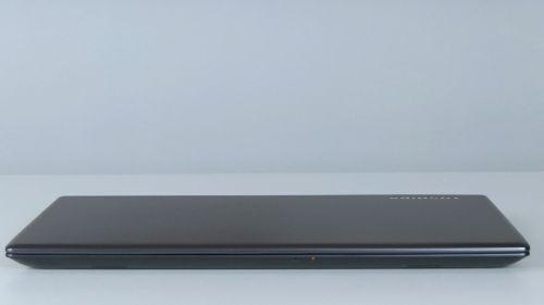 Toshiba Tecra X40-E - przód laptopa