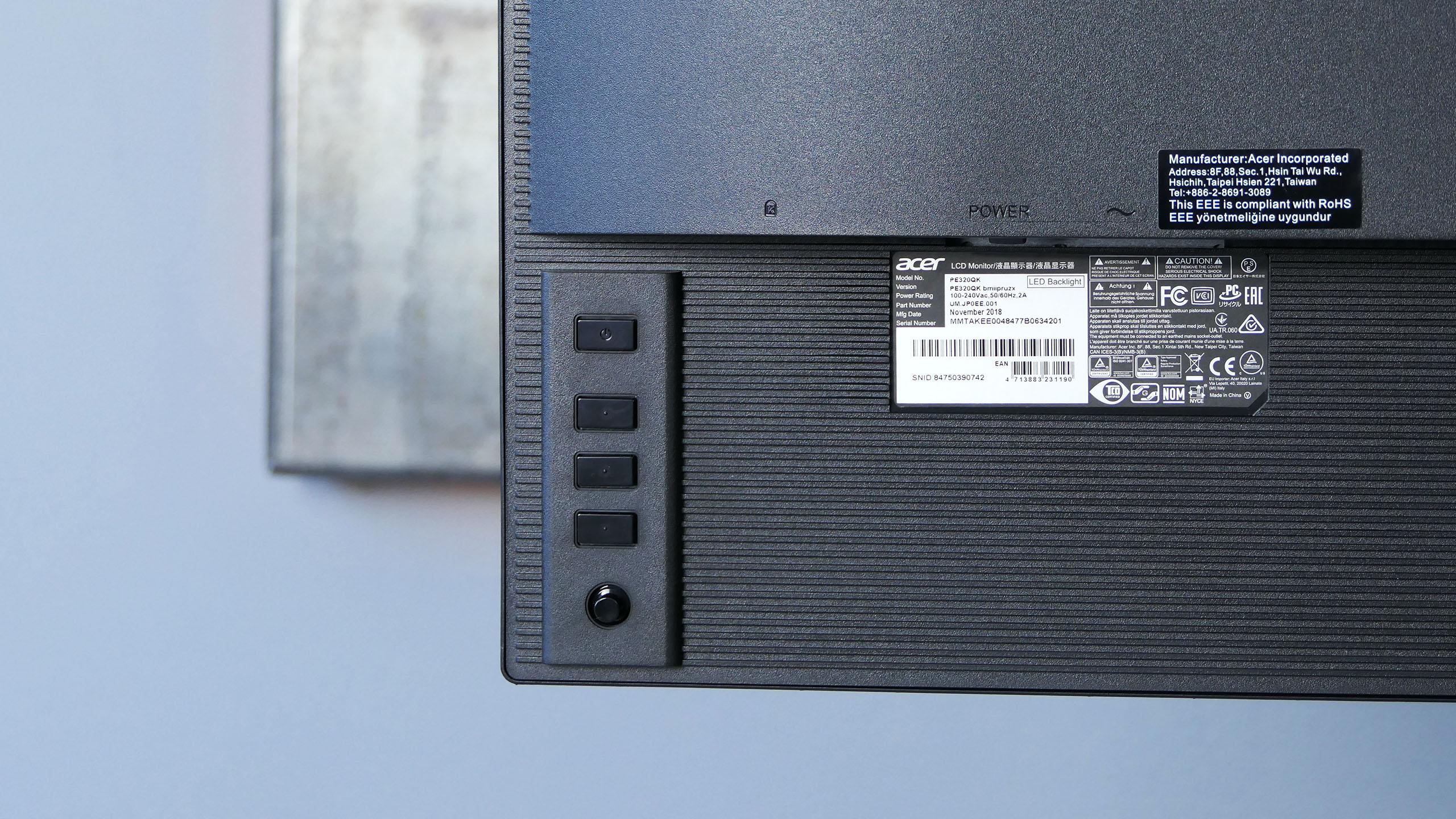 Acer ProDesigner PE320QK: przyciski i joystick